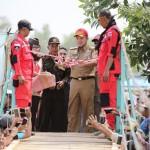 Selamatkan Warga dari Ancaman Buaya, Gubernur Ridho Bangun Jembatan Gantung di Braja Emas
