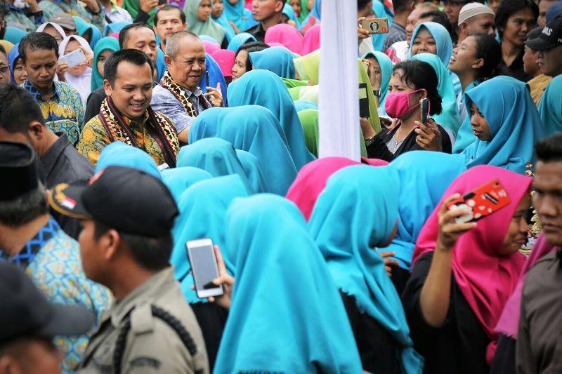 Gubernur Lampung Muhammad Ridho Ficardo dan Wakil Bachtiar Basri saat melakukan kunker ke Kabupaten Lampung Tengah, Jumat 9 Februari 2018.
