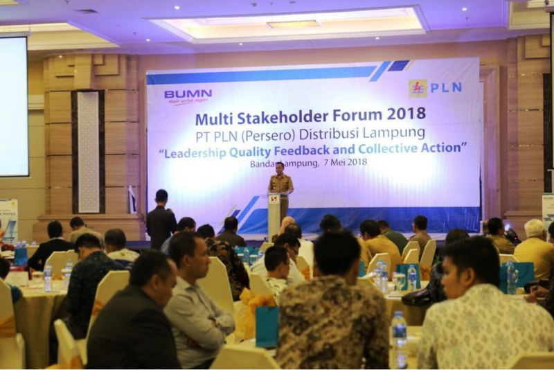 "Multi Stakeholder Forum 2018 PT PLN Distribusi Lampung yang bertajuk ""Leadership Quality Feedback and Collective Action"" di Ballroom Swiss-bell Hotel, Bandar Lampung, Senin 7 Mei 2018."