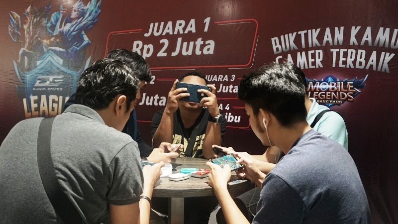 Dunia GamesTelkomsel Gelar Penyisihan Liga eSport di Lampung.