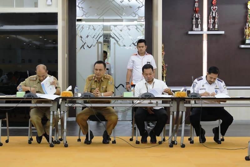 Rapat pembahasan teknis tinjau ulang Rencana Induk Pelabuhan Panjang, di Ruang Rapat IPC, Cabang Panjang, Selasa (9/10/2018).