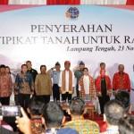 Gubernur Ridho Dampingi Presiden Jokowi Serahkan 1.300 Sertifikat Tanah di Lamteng