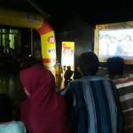 """Bioskop 4Gplus Kita"" Bikin Senang Keluarga Desa Sungai Langka Pesawaran"